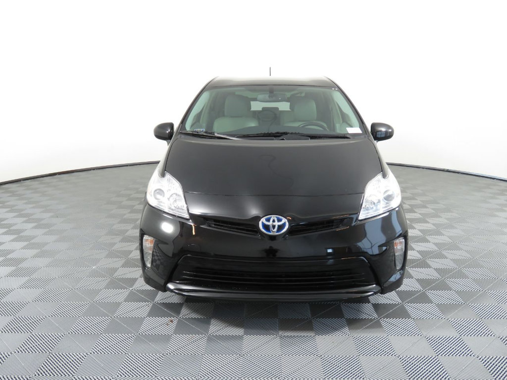 Pre-Owned 2015 Toyota Prius 5dr Hatchback Four